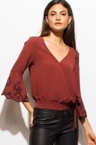 EMBROIDERED CROP BLOUSE TOP